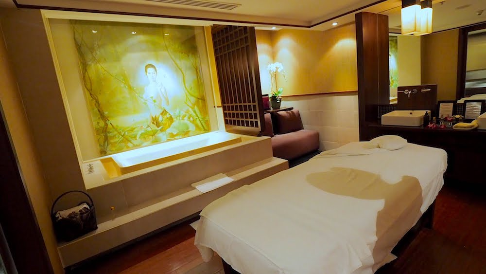 thai business class spa